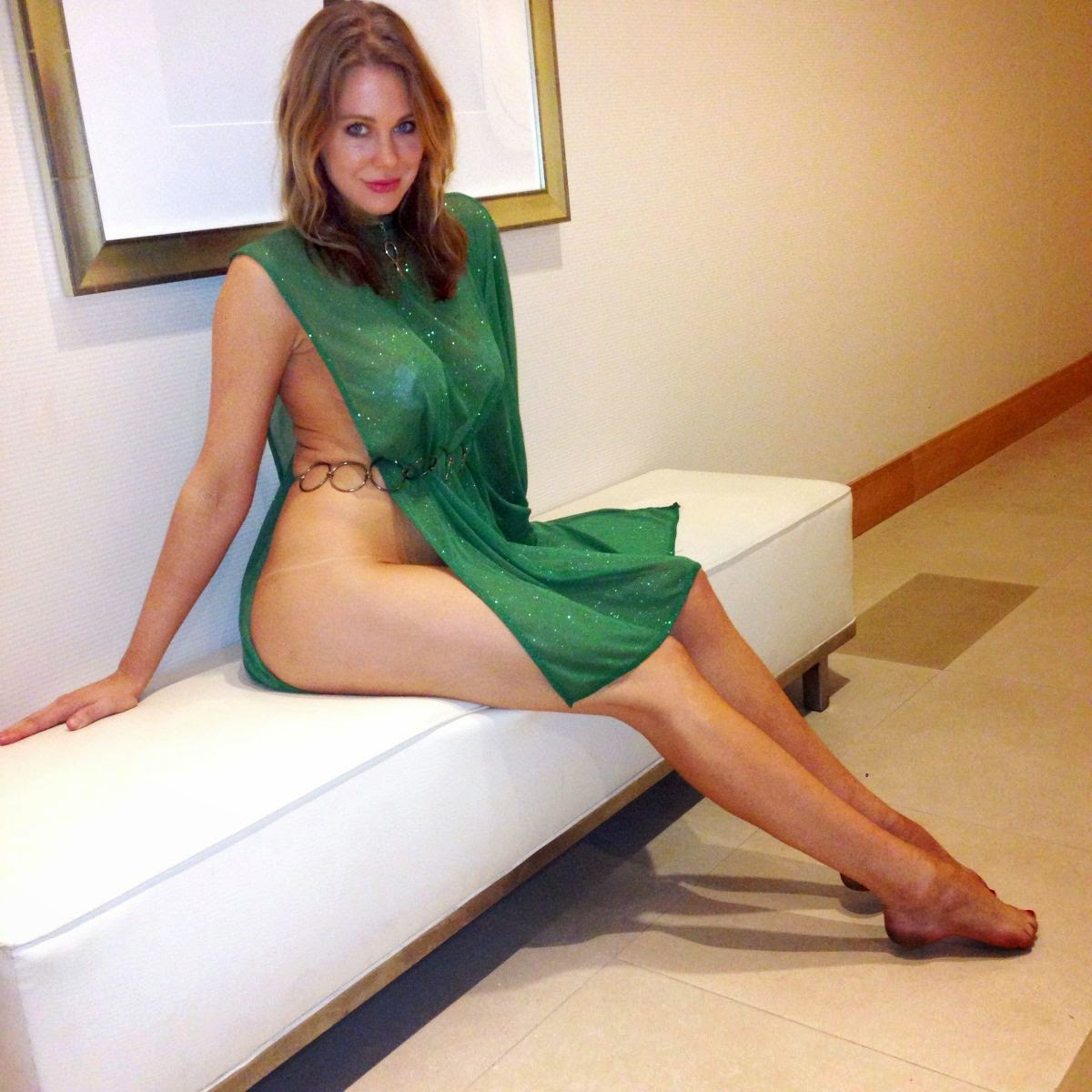 naked (47 photo), Is a cute Celebrity photos