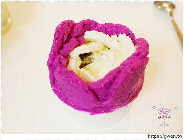 O Rose法式冰淇淋,捷運美食,捷運藍線美食,花朵冰淇淋,玫瑰花冰淇淋,少女甜點,夢幻甜點,手工冰淇淋,甜點下午茶,玫瑰花瓣,法國主廚-27