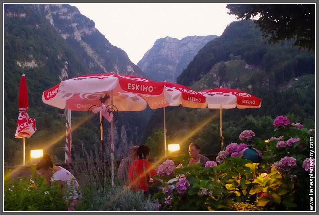 Terraza hotel de Golling Pass Lueg (Austria)