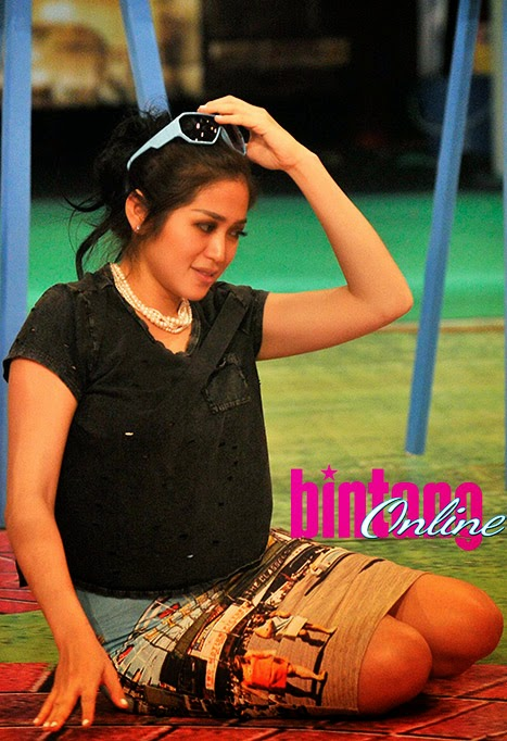 Photo Jessica Iskandar diacara sitkom Pesbukers