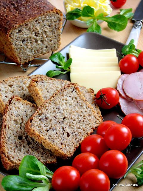 Chleb graham z siemieniem, na zakwasie