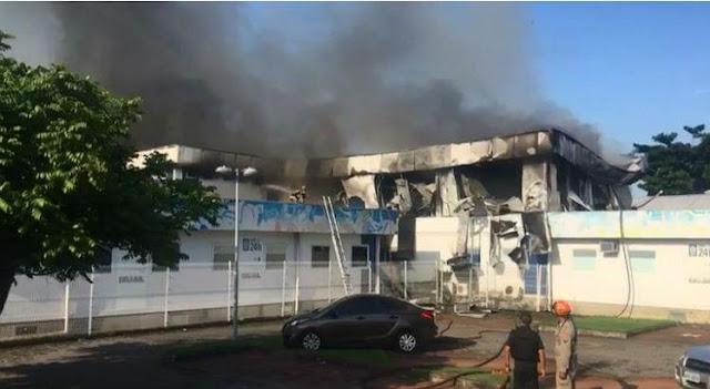 Hospital pega fogo no Rio e três pacientes morrem na transferência