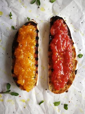 Katalāņu tomātmaize (pan con tomate)