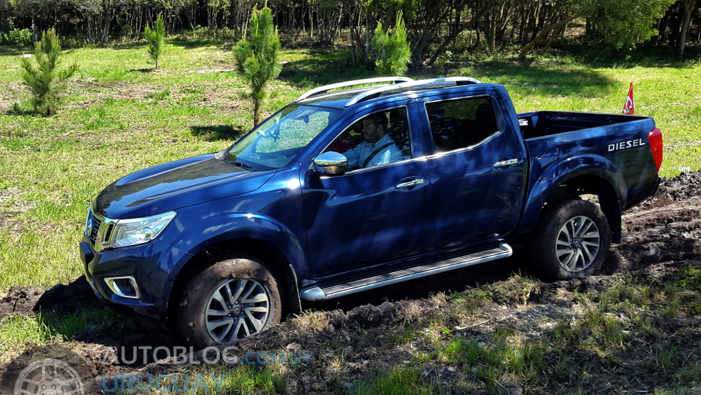 Contacto express : Nissan NP300 Frontier : Autoblog ...