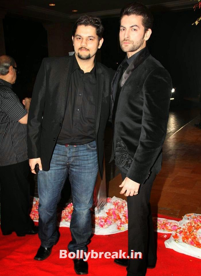 Naman, Neil Nitin Mukesh, Siddharth Kannan & Neha Agarwal Wedding Reception Pics