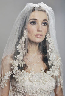 Best wedding hairstyles with veil over face