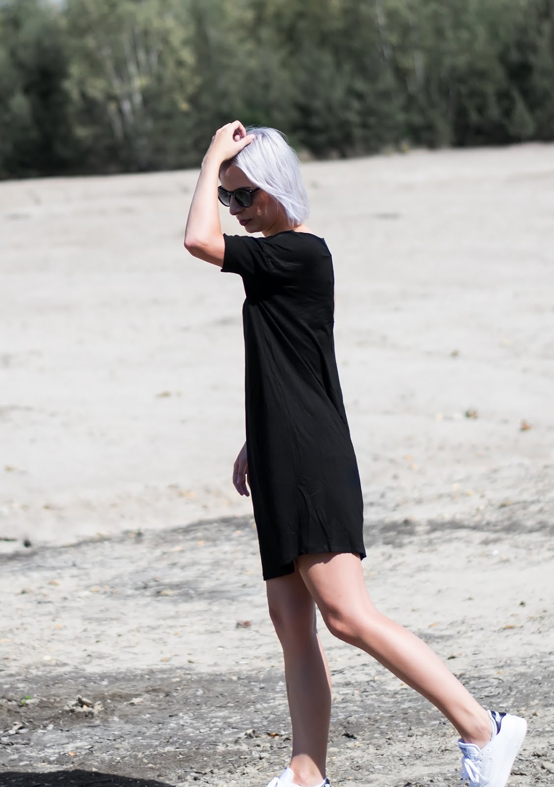 Fashiola, black dress, short dress, summer dress, open back, moss copenhagen, zalando, reebok club sneakers
