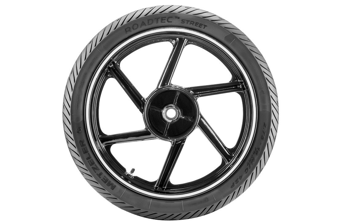 alpha autos alpha motos metzeler apresenta pneu para motocicletas de baixa cilindrada. Black Bedroom Furniture Sets. Home Design Ideas