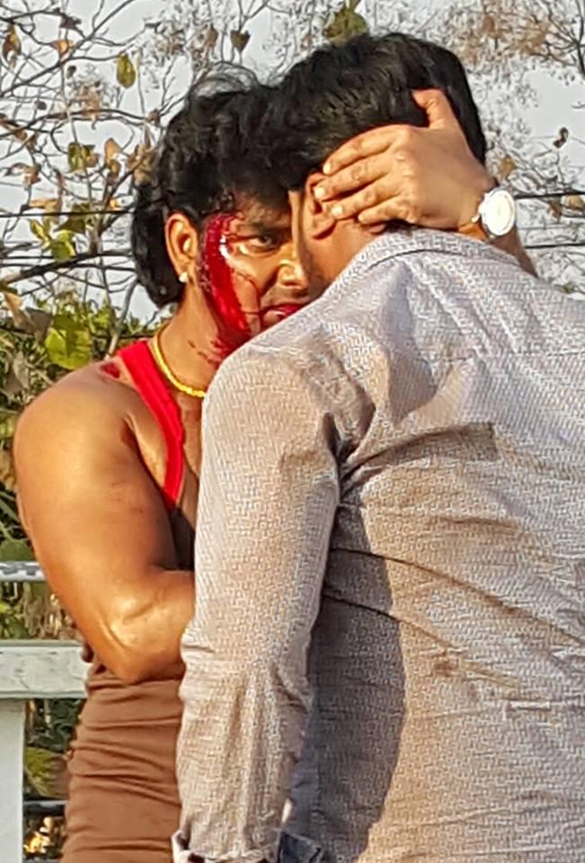 Pawan Singh action in Ziddi Bhojpuri Movie Shooting stills, Ziddi Bhandar Bhojpuri Movie