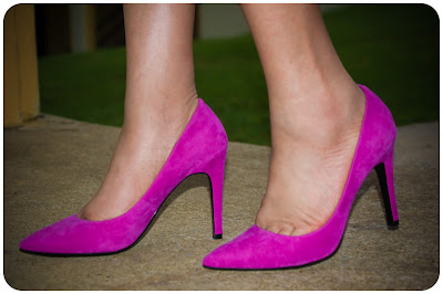 Isaac Mizrahi New York - Lamis Pointed Pump in Magenta -- Erica Bunker DIY Style!