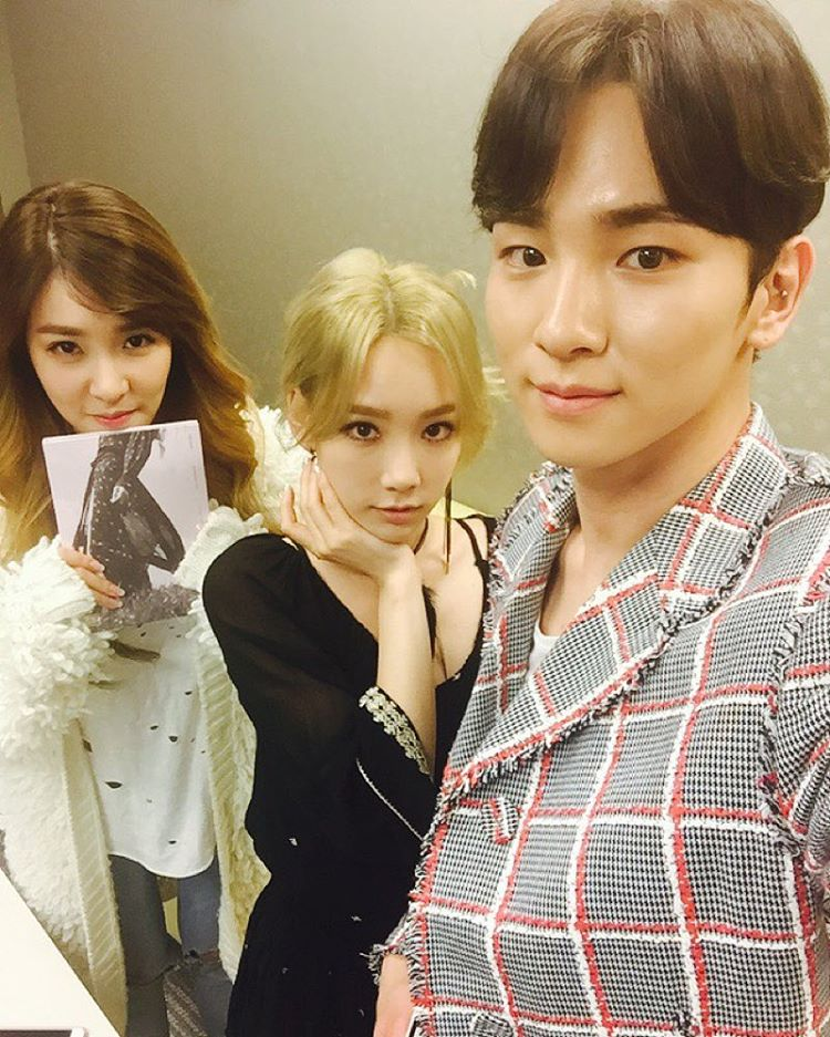 My SNSD: [PHOTOS] 151015 Taeyeon and Tiffany with SHINee's Key  My SNSD: [PHOTO...