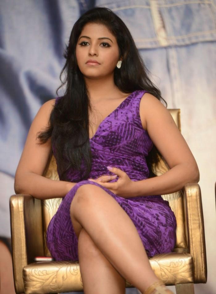 Actress Anjali Hot Legs pics - HD Group Sex