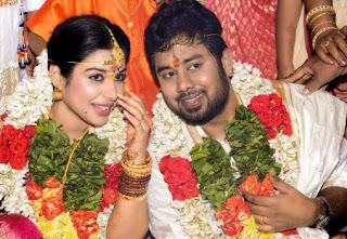 Satna Titus Actress Family Husband Parents children's Marriage Photos