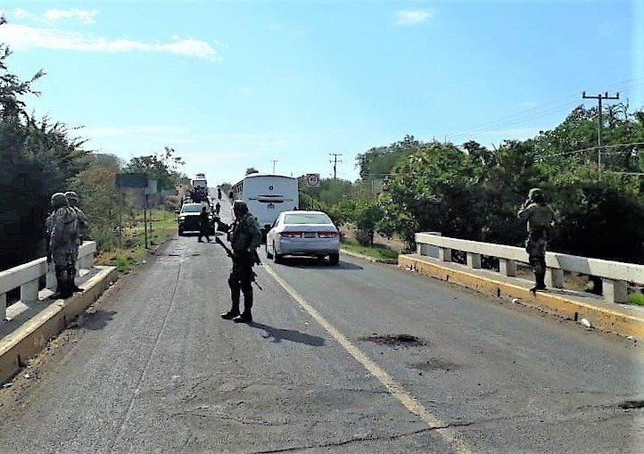 Siguen los enfrentamientos y bloqueos en la Tierra Caliente Michoacana