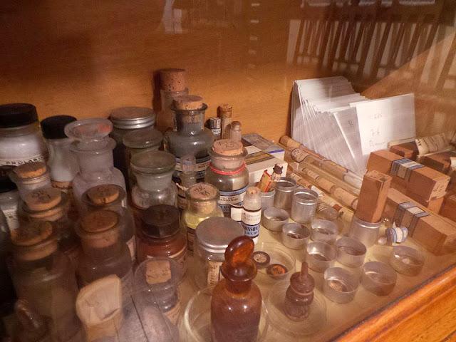 Musée Curie Pierre et Marie Curie Institut du radium recherches scientifiques radiations lutte contre le cancer radioactivité radiothérapie musée