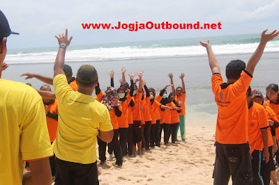 Outbound Pantai Sundak Indrayanti, Paket Outbound Pantai Gunung Kidul