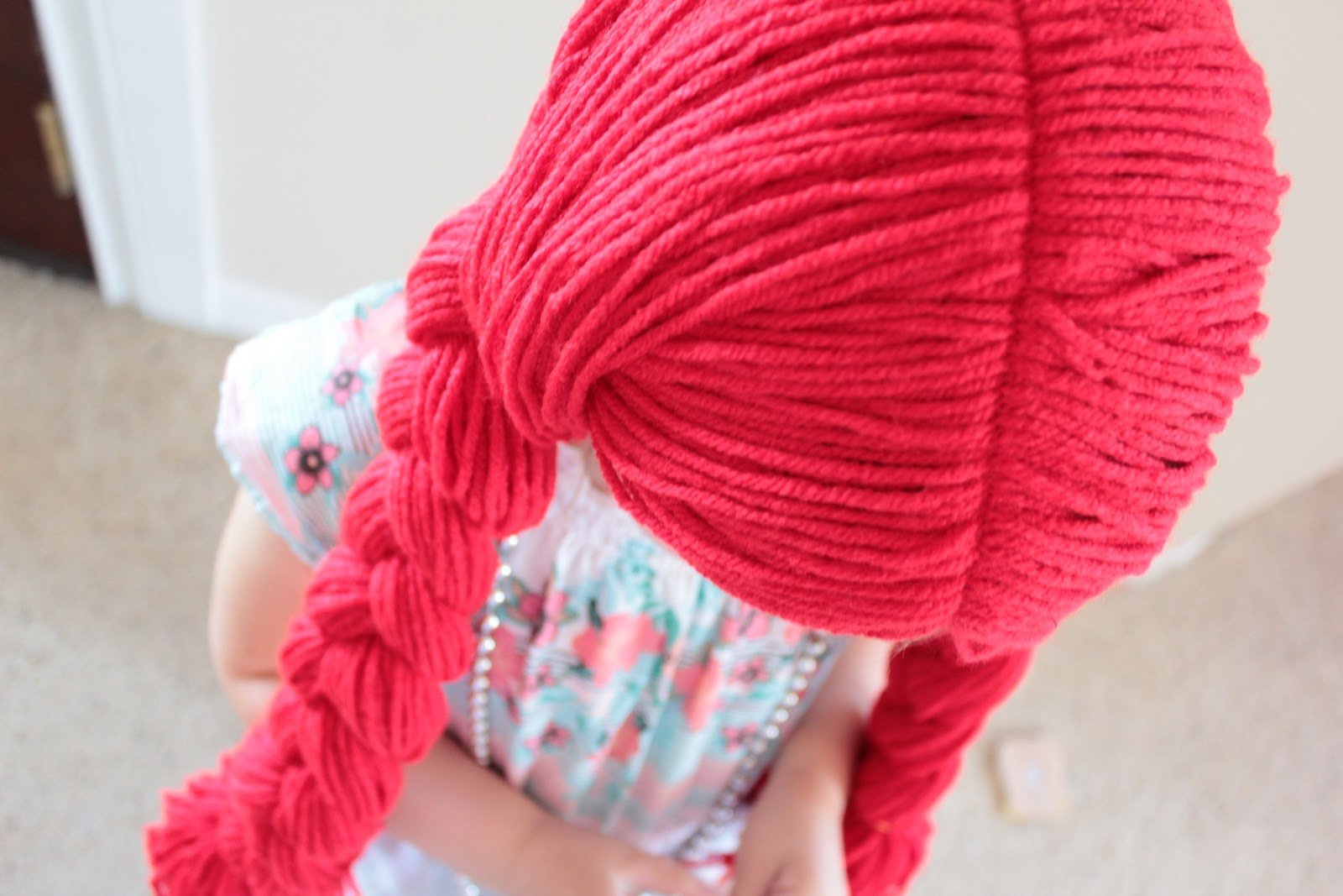 Easy Peasy Lemon Squeezy Yarn Wig Tutorial