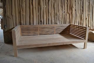 Bachtiar Sofa adalah sofa khas jawa terbuat dari kayu jati berkualitas