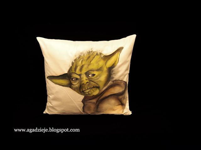 Świecący Mistrz Yoda ( malowanie na tkaninie )
