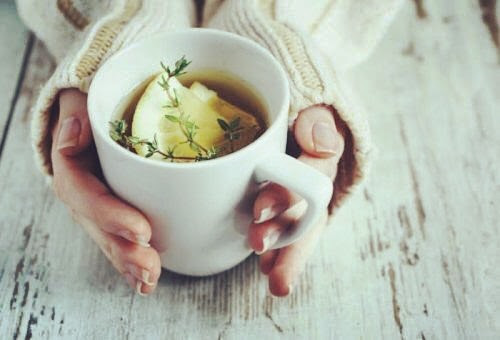 Homemade Remedy For Cough : Thyme Tea
