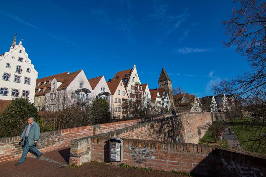 Muralla de Ulm junto a la Torre de los Carniceros