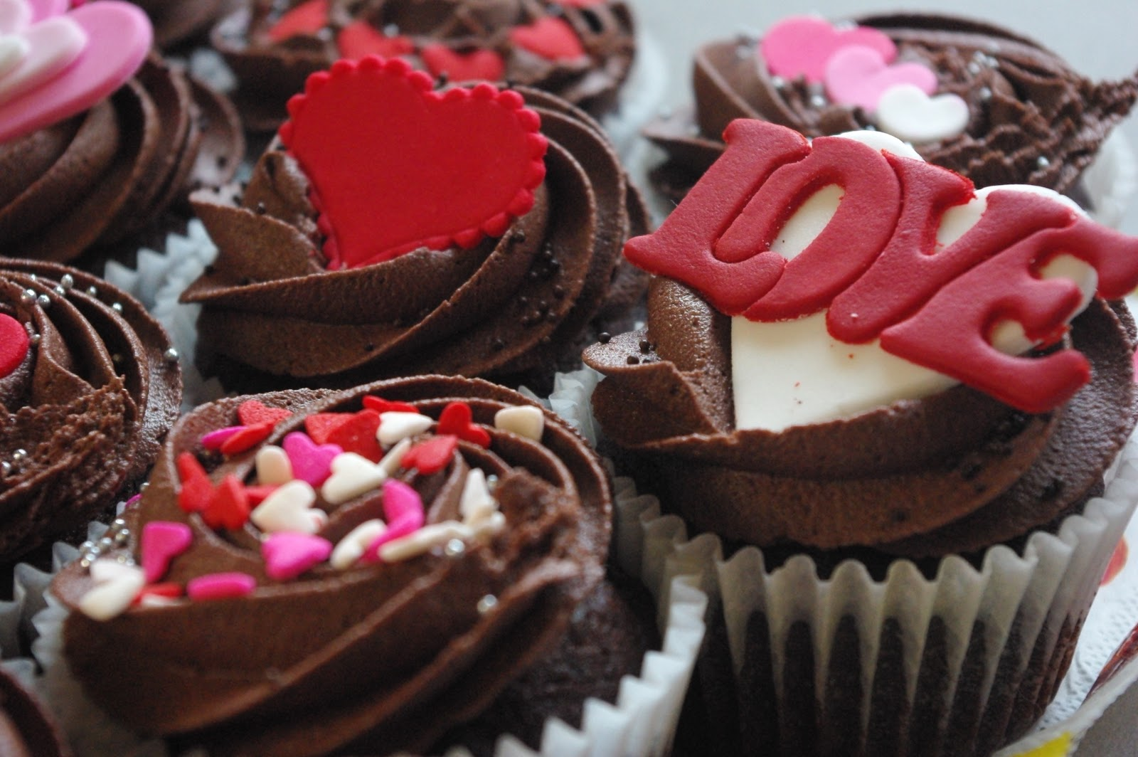 Latest Valentine Day Chocolate Hd Wallpaper And Picture 2016