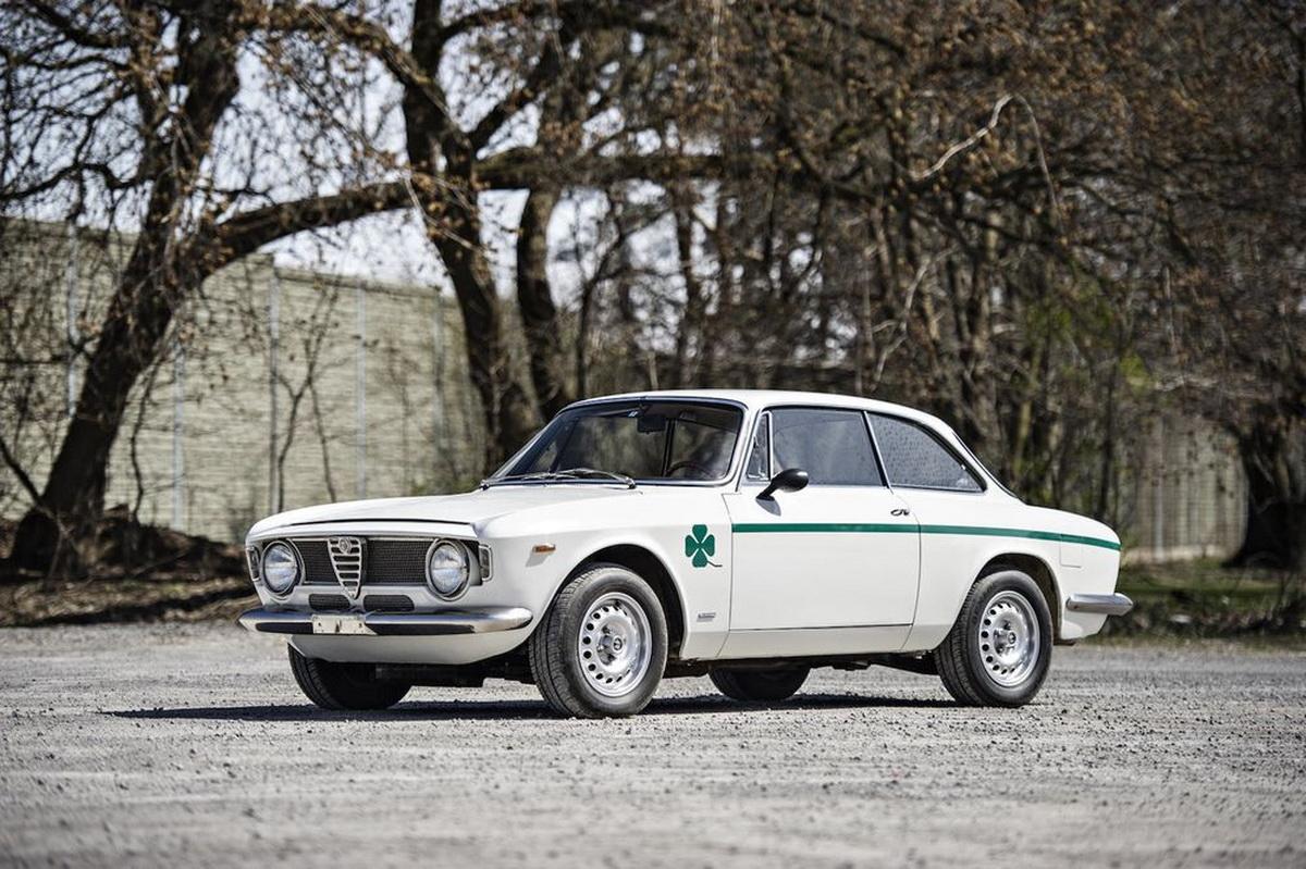 AlfaRomeo-GTA1300JuniorStradale-01.jpg