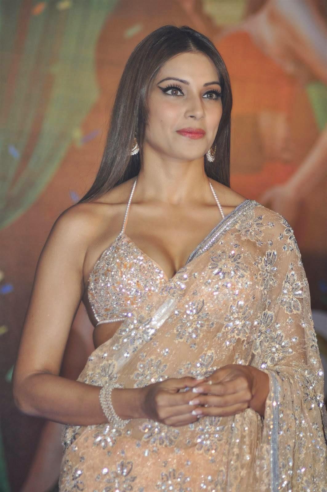 Actress Bipasha Basu In Savita Hot Saree, Bikini Blouse -3188