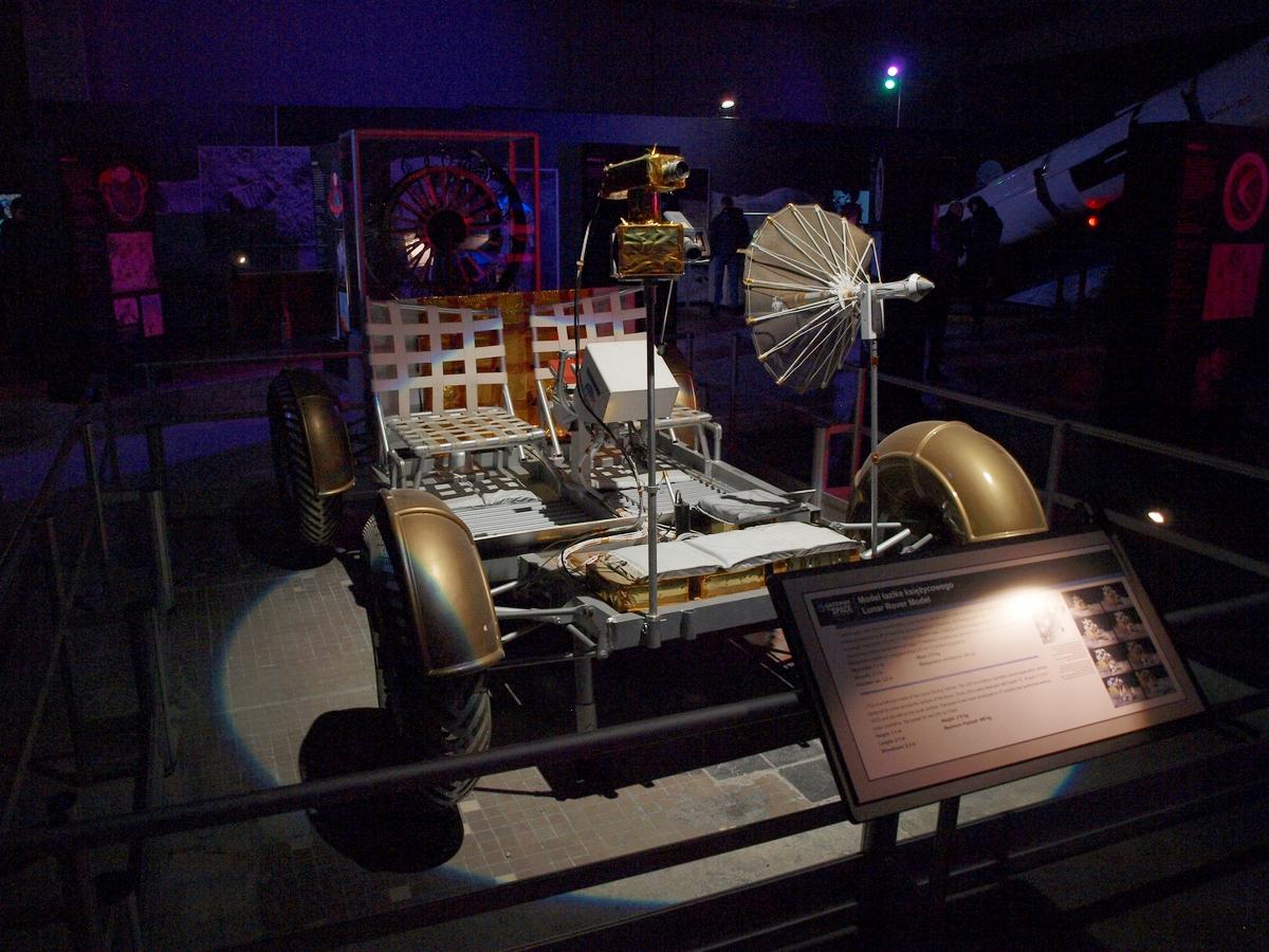 Łazik księżycowy Lunar Rover | Fot: polskiastrobloger.pl