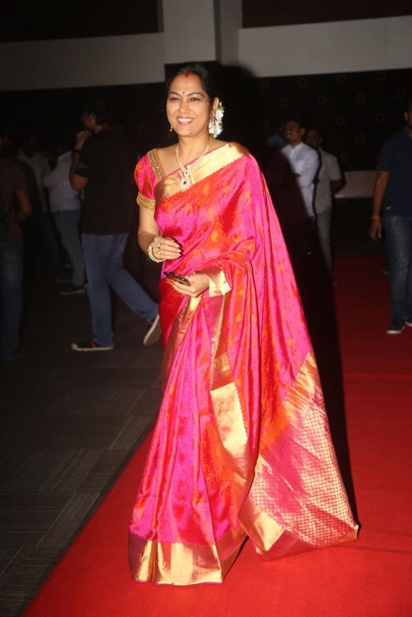 Beautiful Telugu Actress Hema Stills In Orange Saree