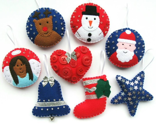 http://bugsandfishes.blogspot.co.uk/2016/11/all-8-free-felt-christmas-ornament.html