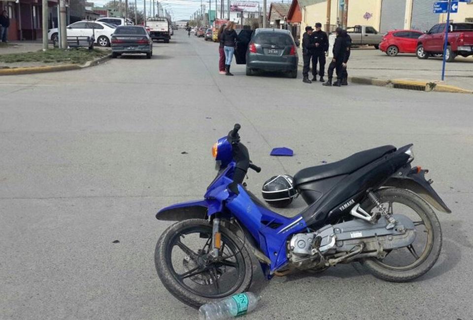 Choque motociclista trasladada al Hospital