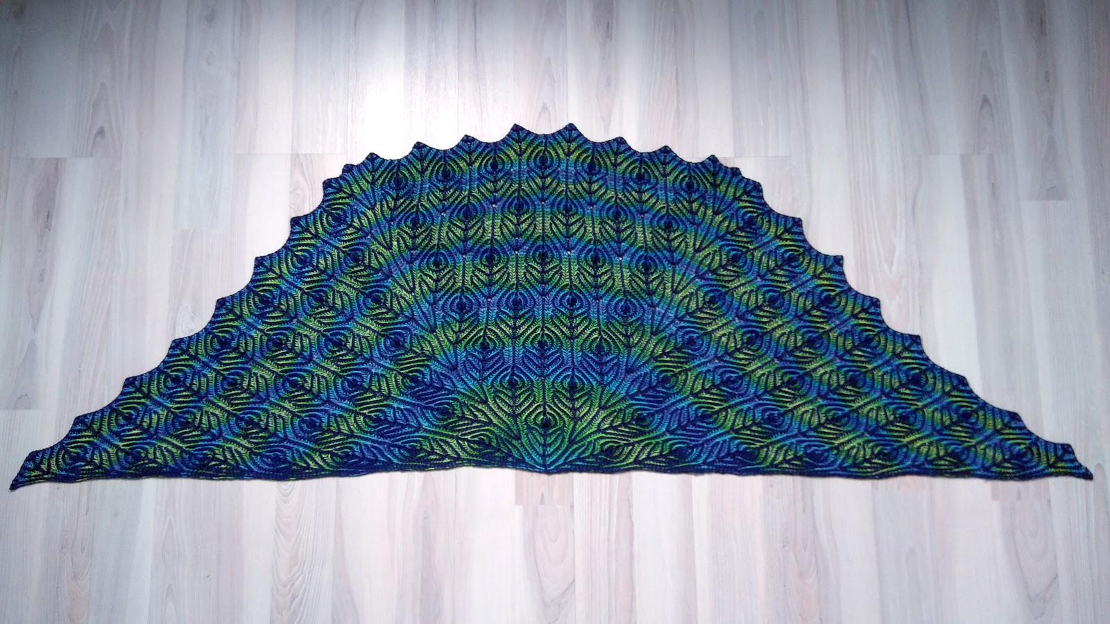 Peacock Shawl - Brioche Knitting
