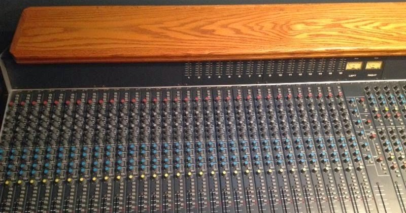 adventures of sound tech guy recycling older vintage mixing consoles. Black Bedroom Furniture Sets. Home Design Ideas