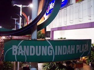 Tempat Ramai Uber di Bandung