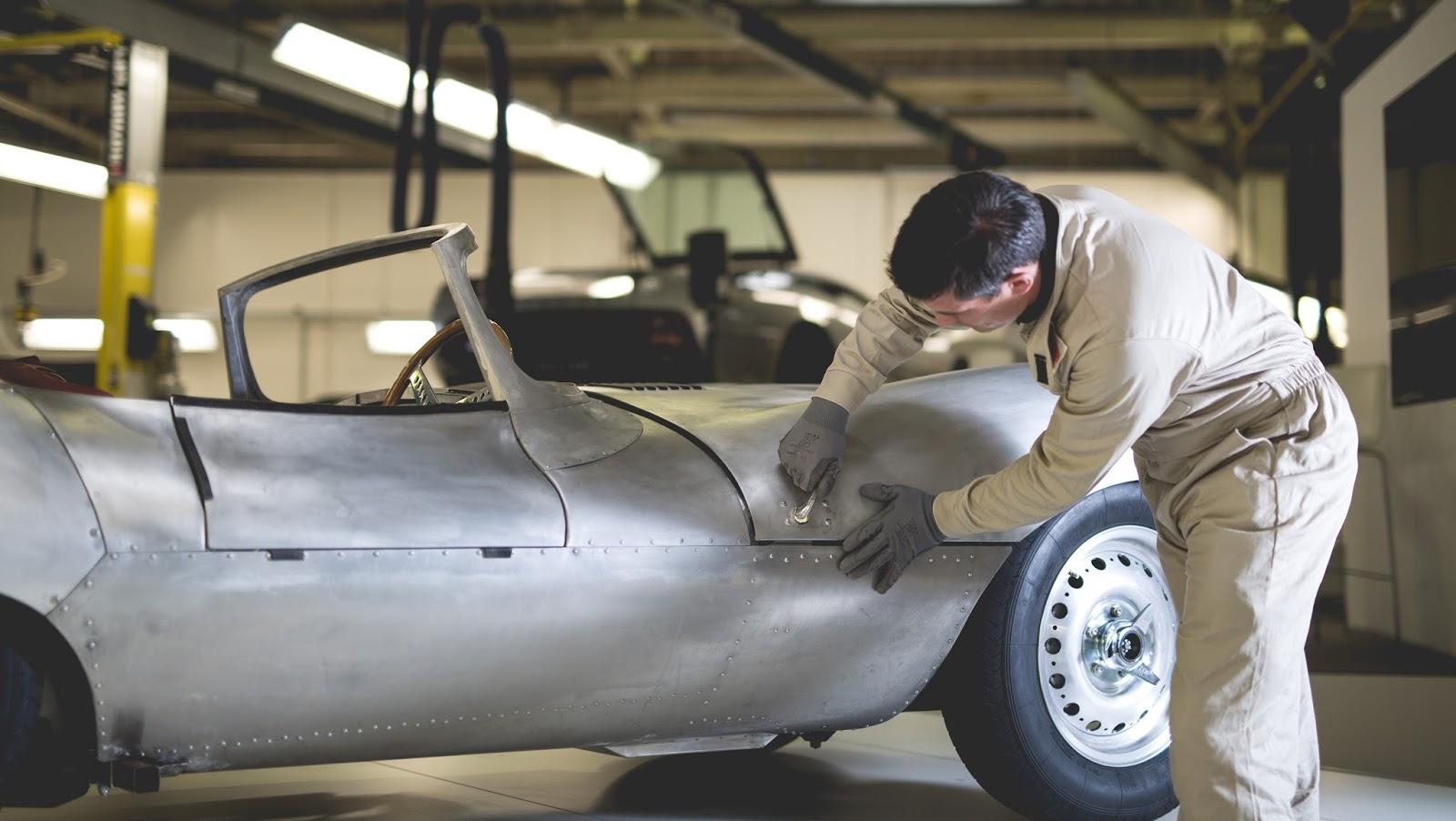 Nuevo y antiguo al mismo tiempo: Jaguar vuelve a fabricar al XKSS ...