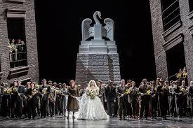 Wagner: Lohengrin - Klaus Florian Vogt, Jennifer Davis - (Photo ROH/Clive Barda)