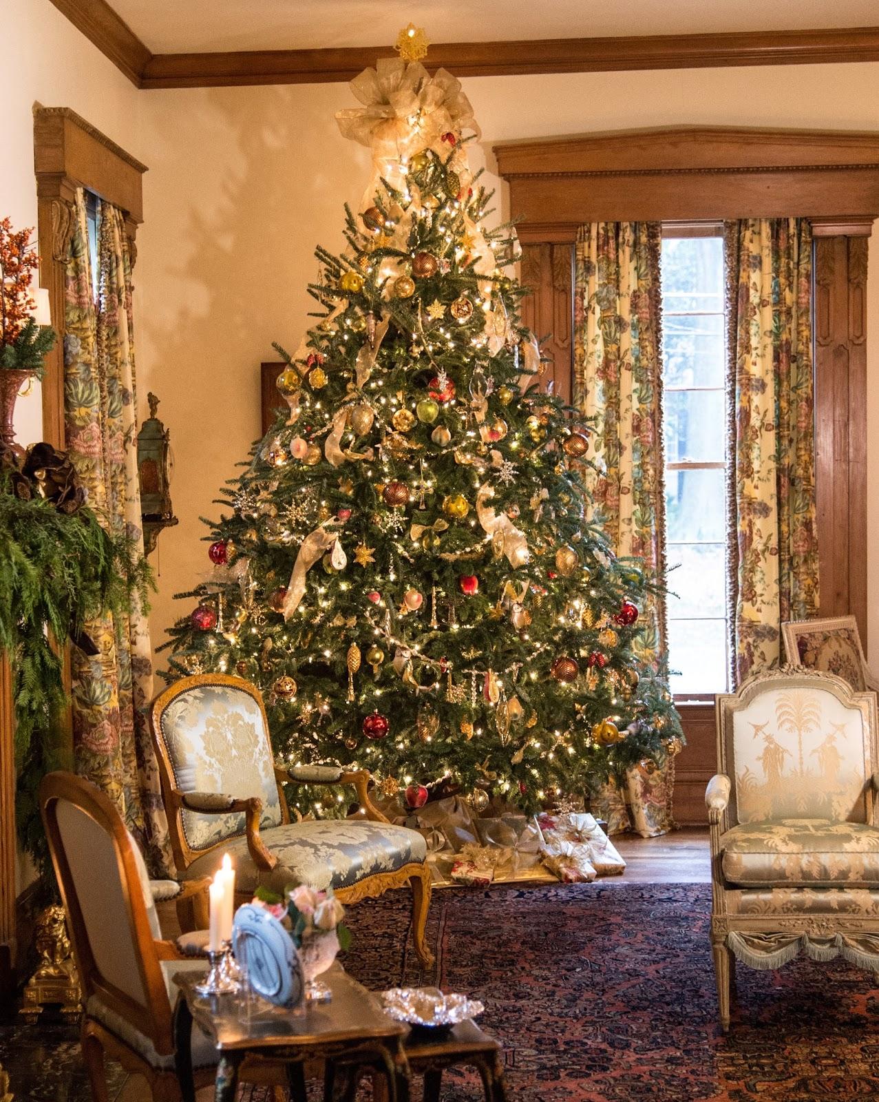 Jasmine Terrace: Christmas At Designers' Homes Across America