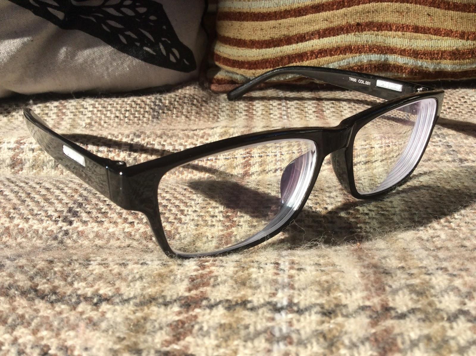 471dd541392 Nesca s Nook  GlassesShop.com
