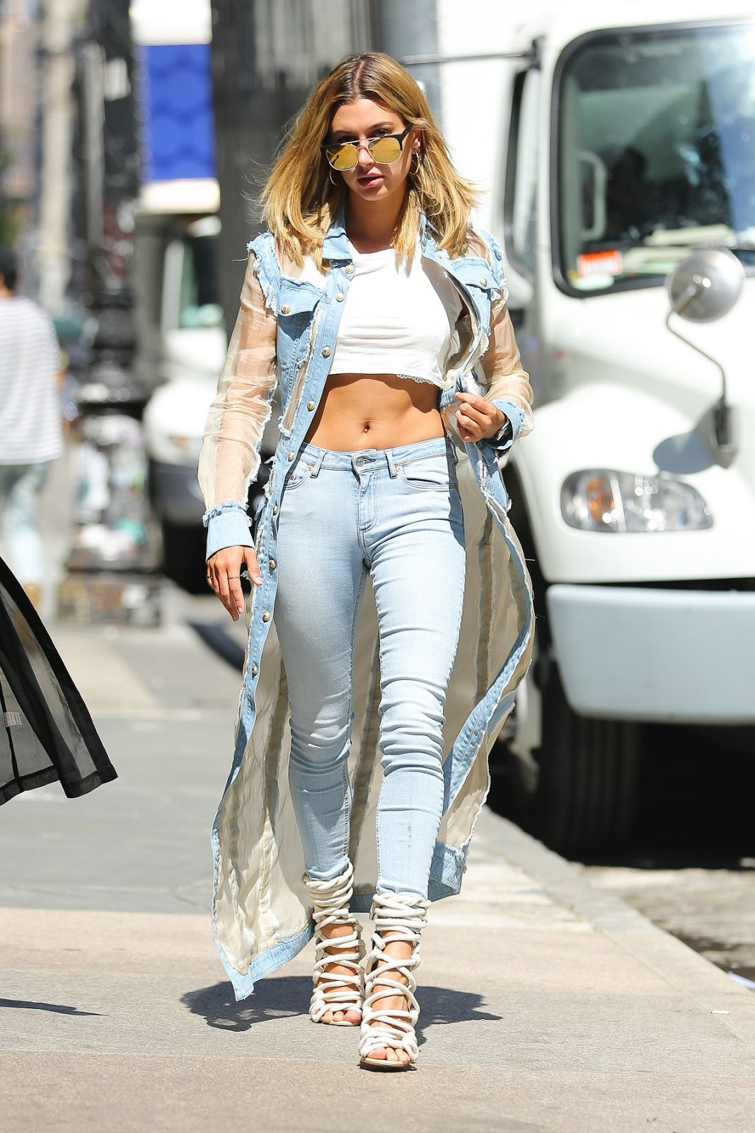 Google Beverly Hills Hailey Baldwin Street Style Out In New York August 24