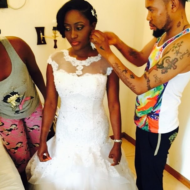 Ini Edo Shares Sister S White Wedding Photos Flaunts Hair Stylist Dvreloaded