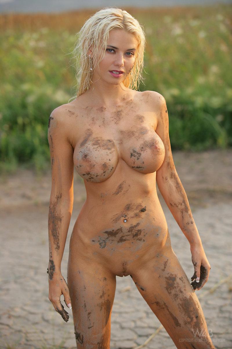 Nude Muddy 112