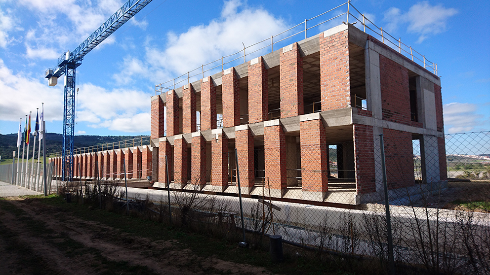 Arquitectura campos alcaide edificio bioincubadora c ceres en ejecuci n - Escuela tecnica superior de arquitectura sevilla ...