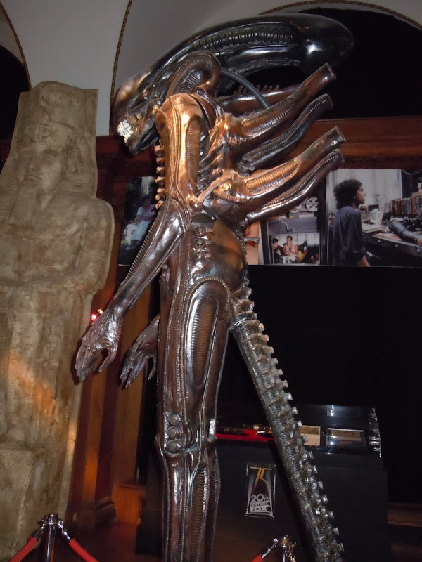 Alien replica side view