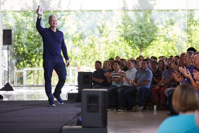 6fba3f5aa17f4aa438732746beb44c9f Tim cook have called the main disappointment of 2018 Apps