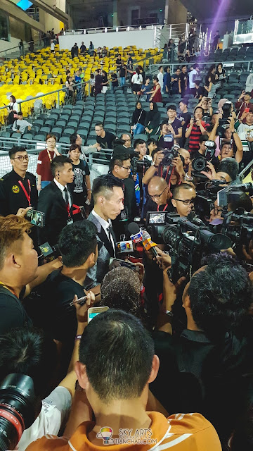 A quick interview with Datuk Lee Chong Wei after the movie premiere at Bukit Jalil