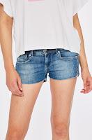 pantaloni-scurti-dama-pepe-jeans-1