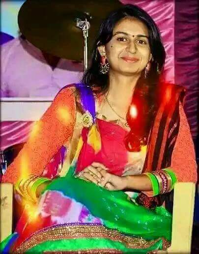 Best Whatsapp Status In 2016 Gujarati Singer Kinjal Dave -4229