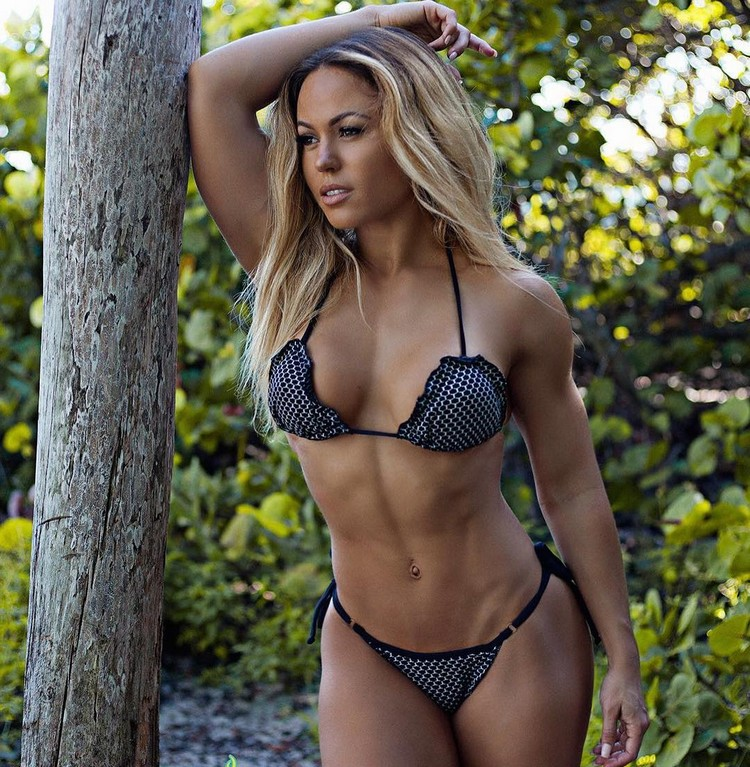 Fitness TAMRA DAE @tamradae Instagram photos