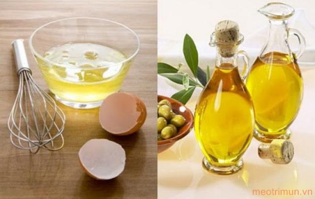 Trị mụn cám bằng lòng trắng trứng gà và dầu olive